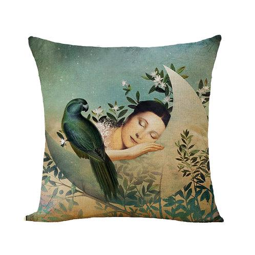 Polster / Kissen im extravaganten Design – schlafende Frau im Mond  – 45 x 45 cm