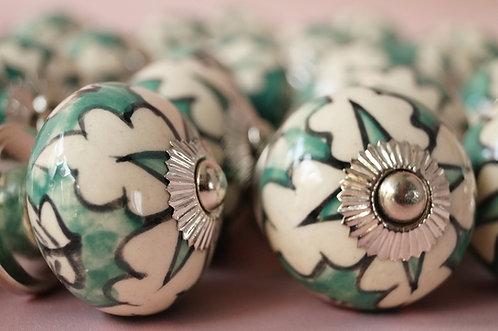 Kastenknöpfe aus Porzellan / Fabelhafte Ladengriffe