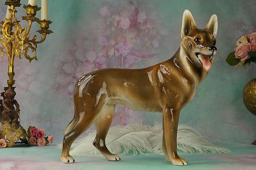 reserviert! GOLDSCHEIDER WIEN! Alter Schäferhund 25,5 x 29 cm (HxL)