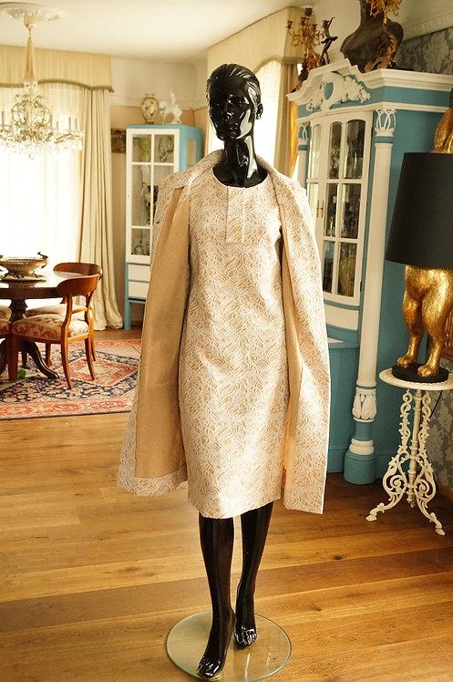 Originales Etuikleid mit Mantel aus den 60er Jahren – alte Schneiderarbeit