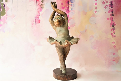 BESONDERS GENIAL! Große Affenballerina im wunderbaren Design