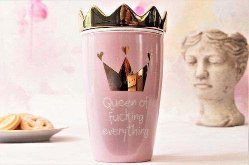 """""""Queen of fucking everything"""" – Teetasse mit Sieb und Deckel"""