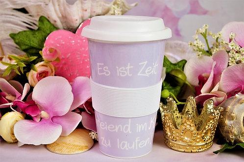 Coffee 2 Go aus Porzellan XL 400ml – ES IST ZEIT SCHREIEND IM KREIS ZU LAUFEN!