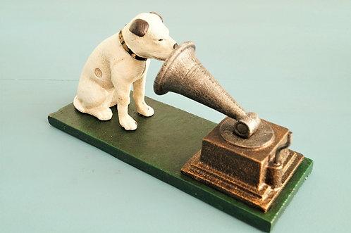 Nach altem Vorbild! Hund mit Trichtergrammophon