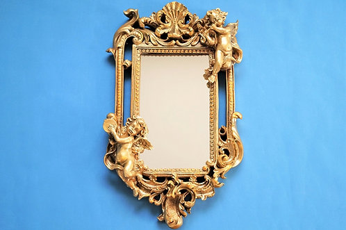 Entzückender Spiegel im Barock-Design mit musizierenden Engeln