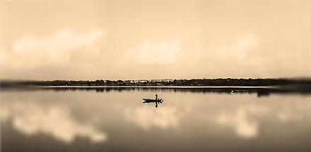 fish boat 002.jpg