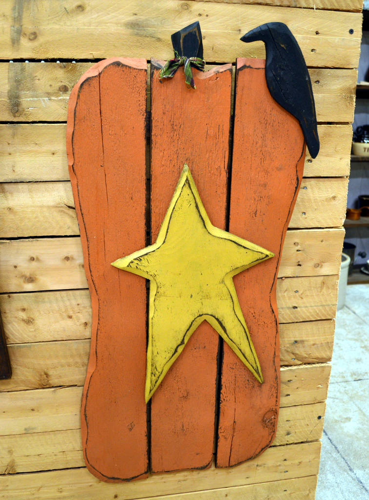 Wood Pumpkin with Star