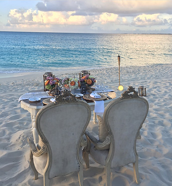 Romantic beachfront set-up