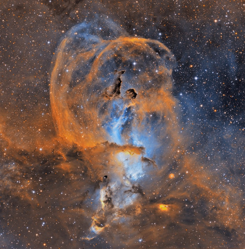NGC 3576 - Statue of Liberty