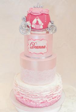 cakes-2-cupcakes-carriage.jpg