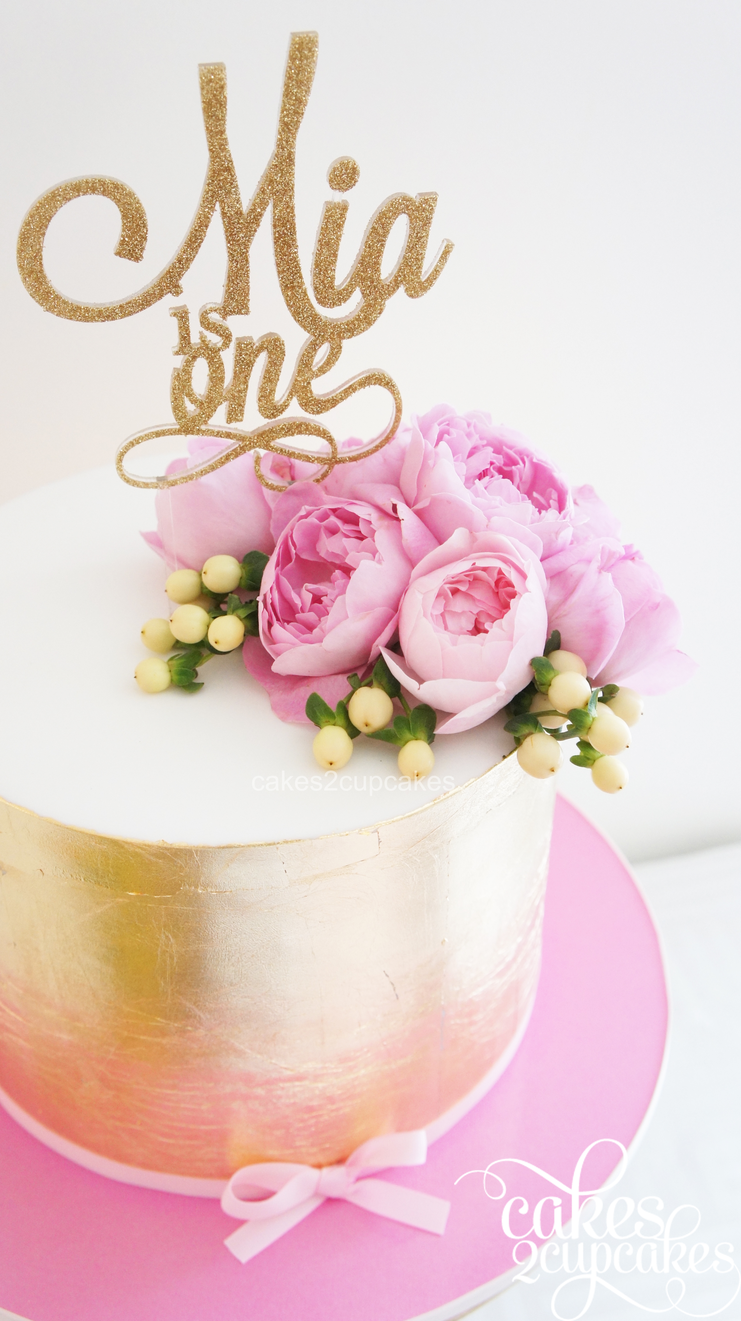 cakes2cupcakes-gold-pink.jpg