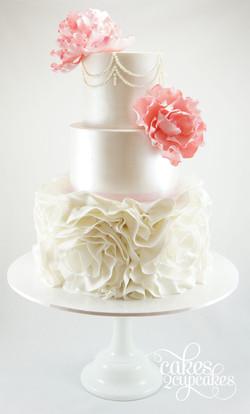 cakes2cupcakes-wedding-peral-swag.jpg