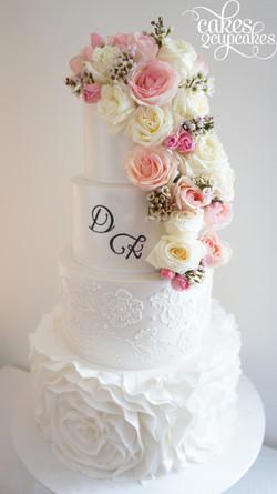 cakes2cupcakes-fresh flowers.jpg