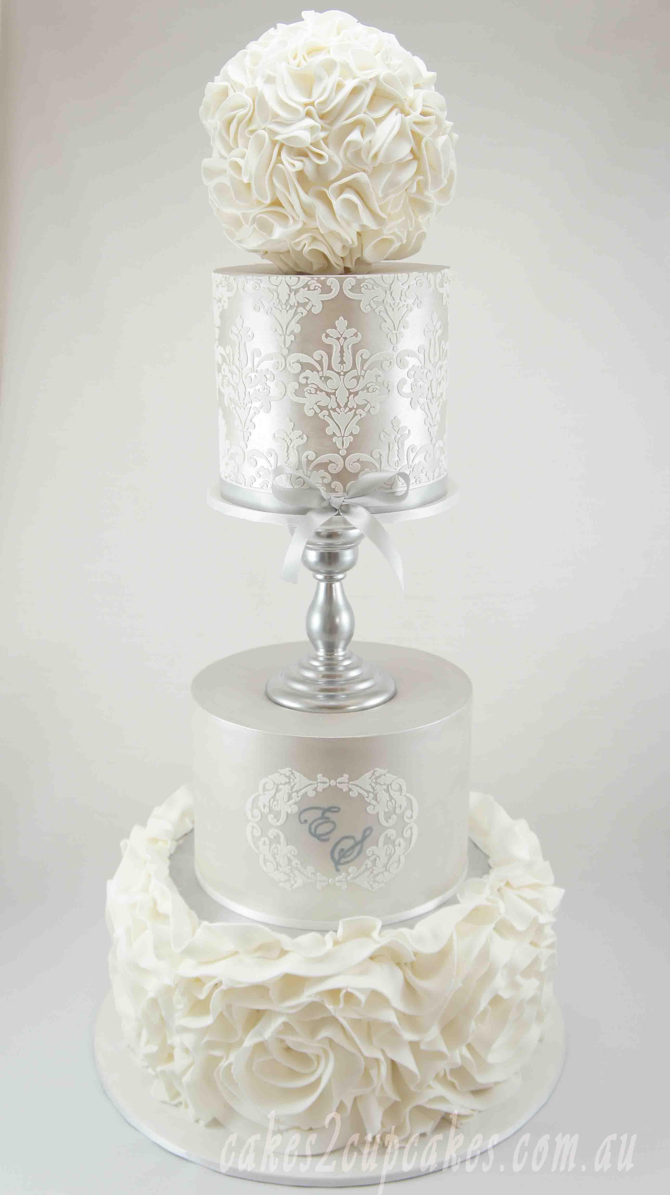 cakes-2-cupcakes-wedding-silver.jpg