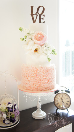 cakes2cupcakes-peach-ruffles.jpg