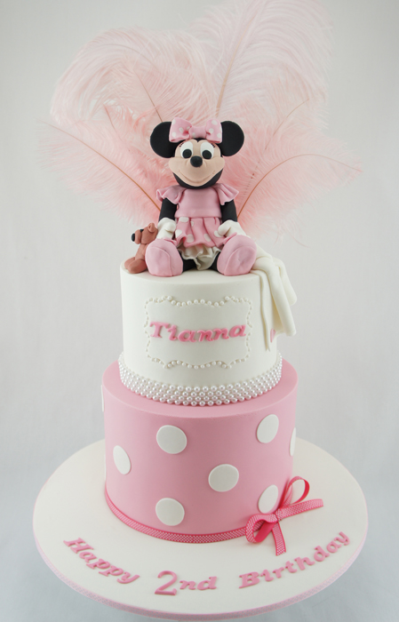 cakes-2-cupcakes-minnie-feathers.jpg