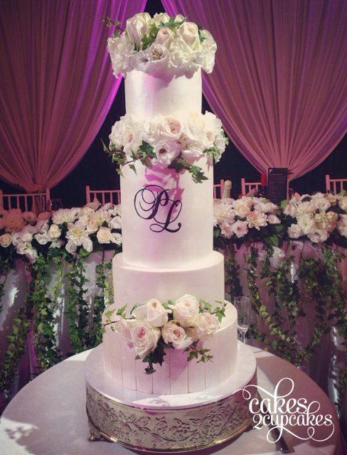white-roses-wedding.jpg
