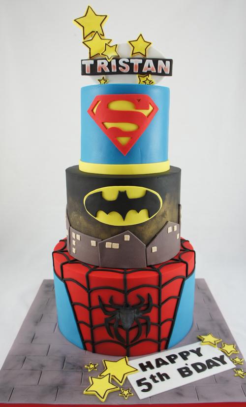 cakes-2-cupcakes-superheroes.jpg