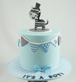 cakes-2-cupcakes-zebra-bunting.jpg
