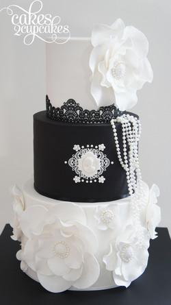 cakes2cupcakes-black&white.jpg