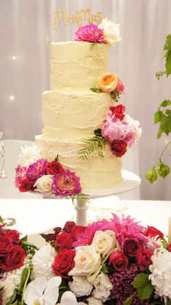 cakes2cupcake-mr&mrs.jpg