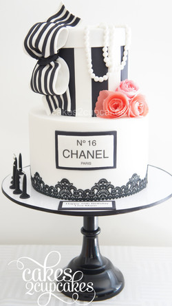 cakes2cupcakes-chanel