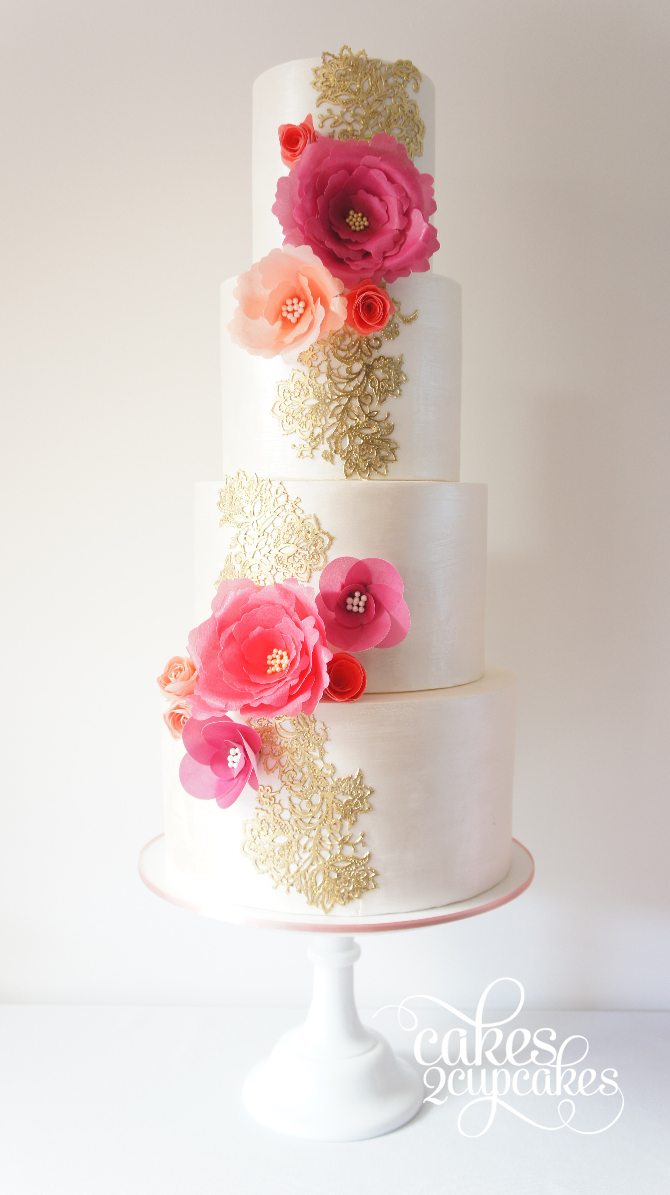 gold-pink-wedding-cake.jpg