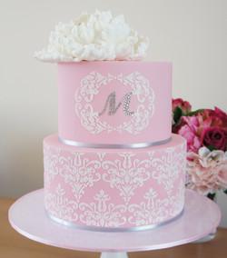 cakes-2-cupcakes-pink-white.jpg