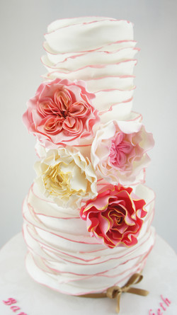 cakes-2-cupcakes-floral-layers.jpg