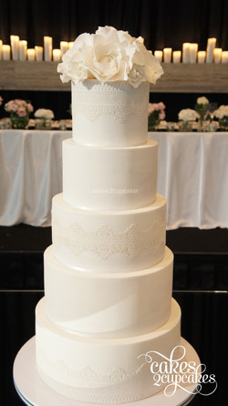 cakes2cupcakes-white-lace.jpg