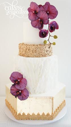 cakes2cupcakes-hexagon-cake.jpg