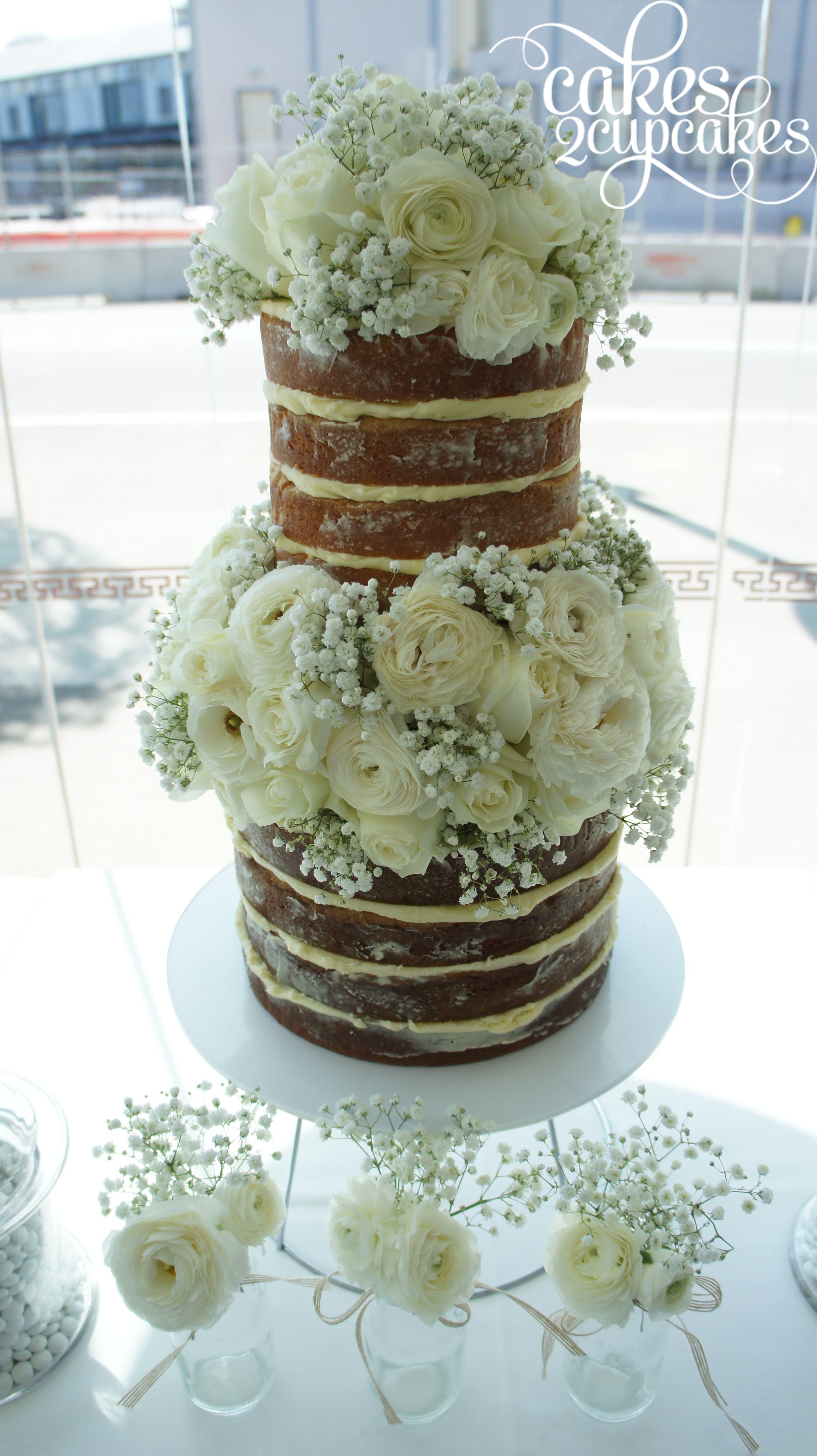 cakes2cupcakes-white-roses.jpg