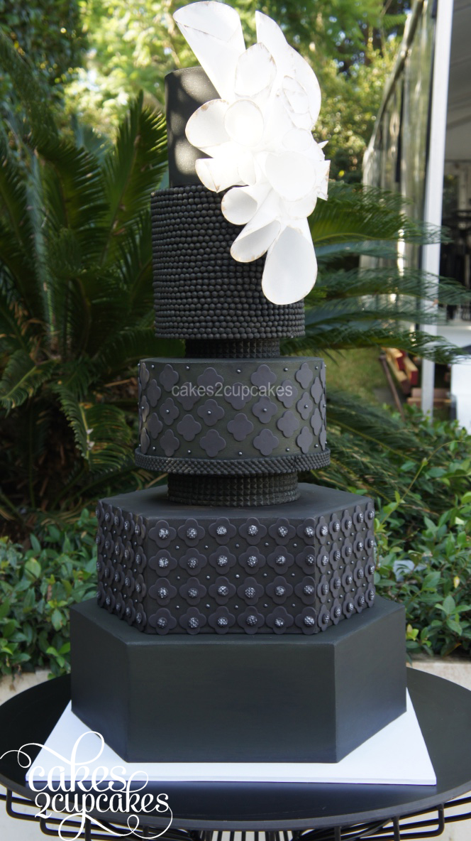 cakes2cupcakes-black