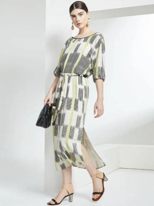 Vestido Midi Linho Print Em Até 3x R$ 329,66
