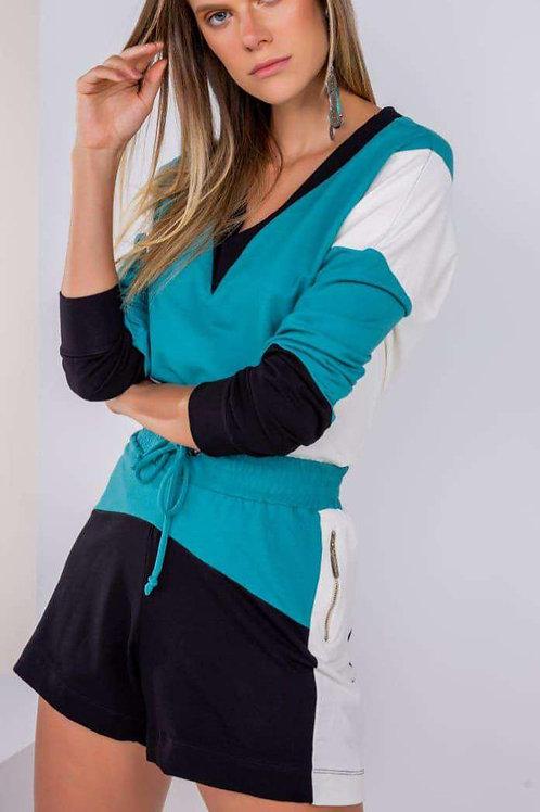 Conjunto jaqueta e short tricolor Em Até 3x R$ 232,67