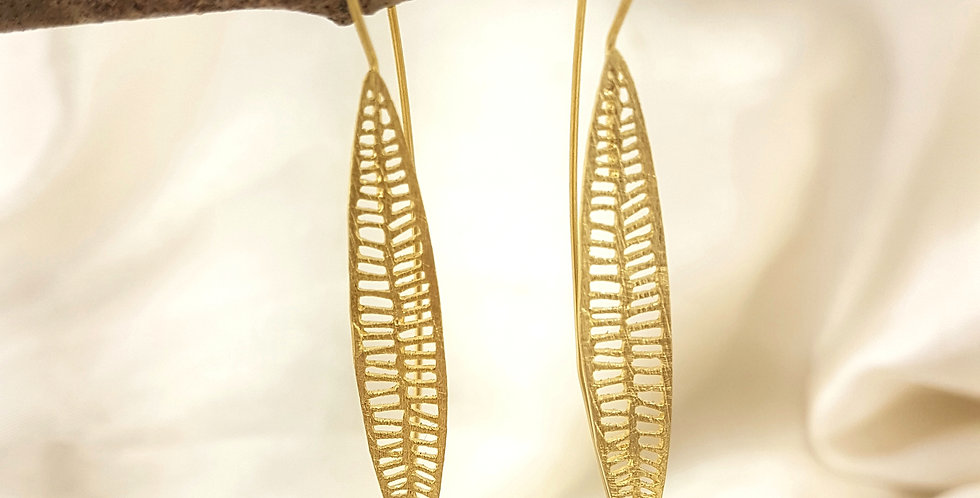 Gold veined leaf earrings