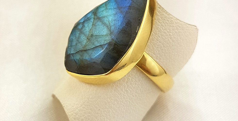 Labradorite Gold Diamond Ring