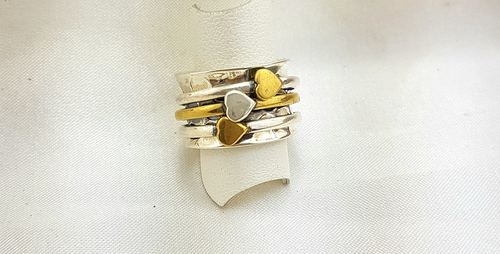 Triple hearts meditation ring