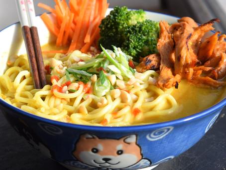 Erdnuss-Curry Ramen