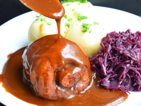 Haxen mit Schwarzbier Sauce