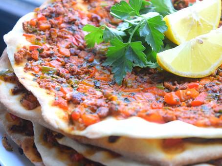 Lahmacun / Türkische Pizza