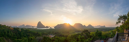 Таиланд. Рассвет над заливом Пхан Нга.