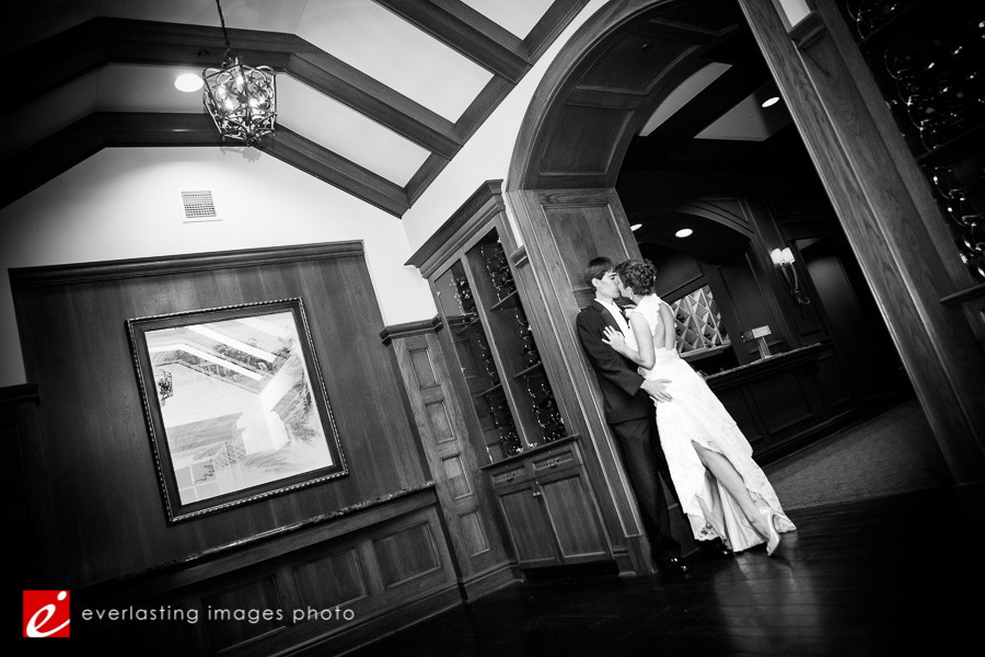 Kissing Hershey Country Club Weddings Photographer pic pictures