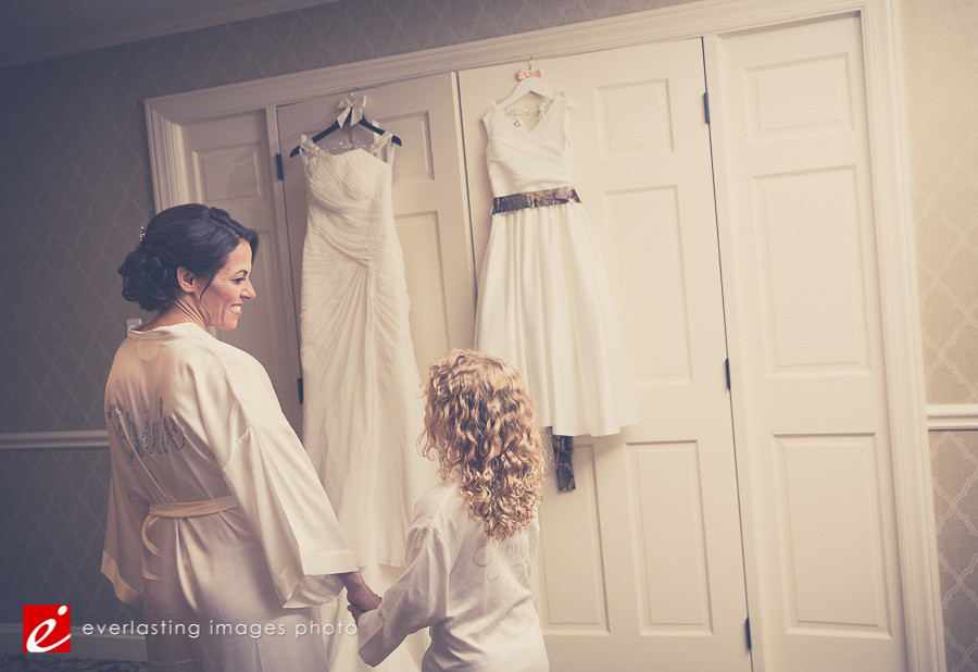 wedding dressing dressed Hershey Lodge wedding weddings photographer photography picture pics
