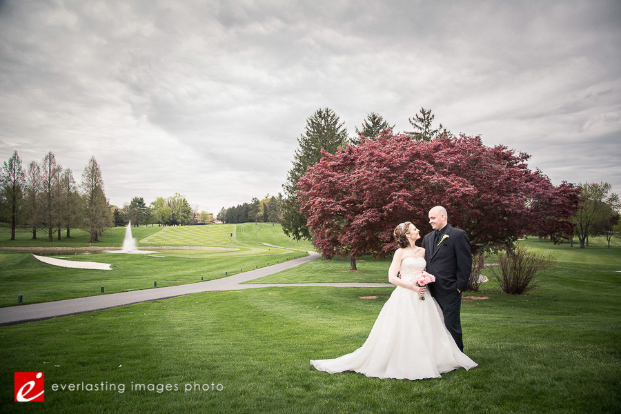 Love Hershey Country Club Weddings Photographer pic pictures