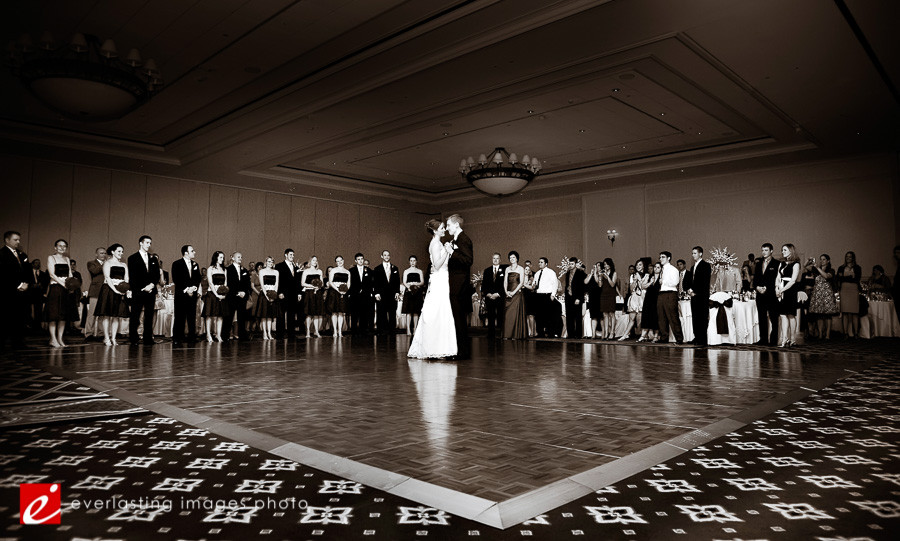 first dance creative black white Hershey Lodge wedding weddings photographer photography picture pics