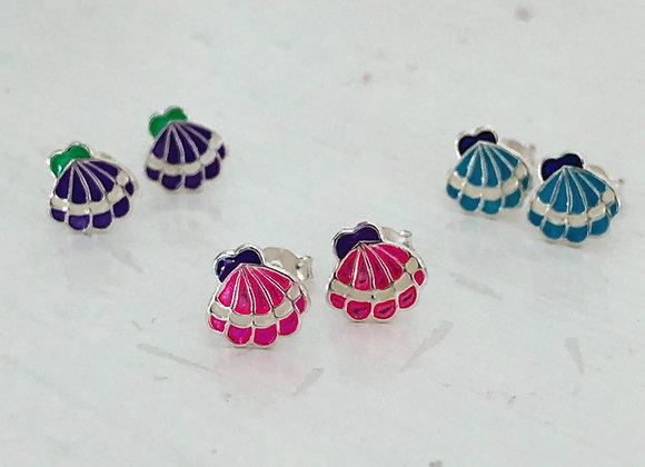 Enameled Scallop Shell Earring