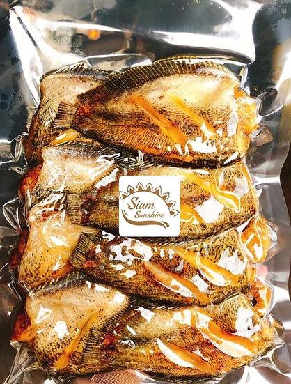 ปลาสลิดไข่ ทอดพร้อมอุ่นทาน 1 กก.( ทอดแล้ว800 กรัม)