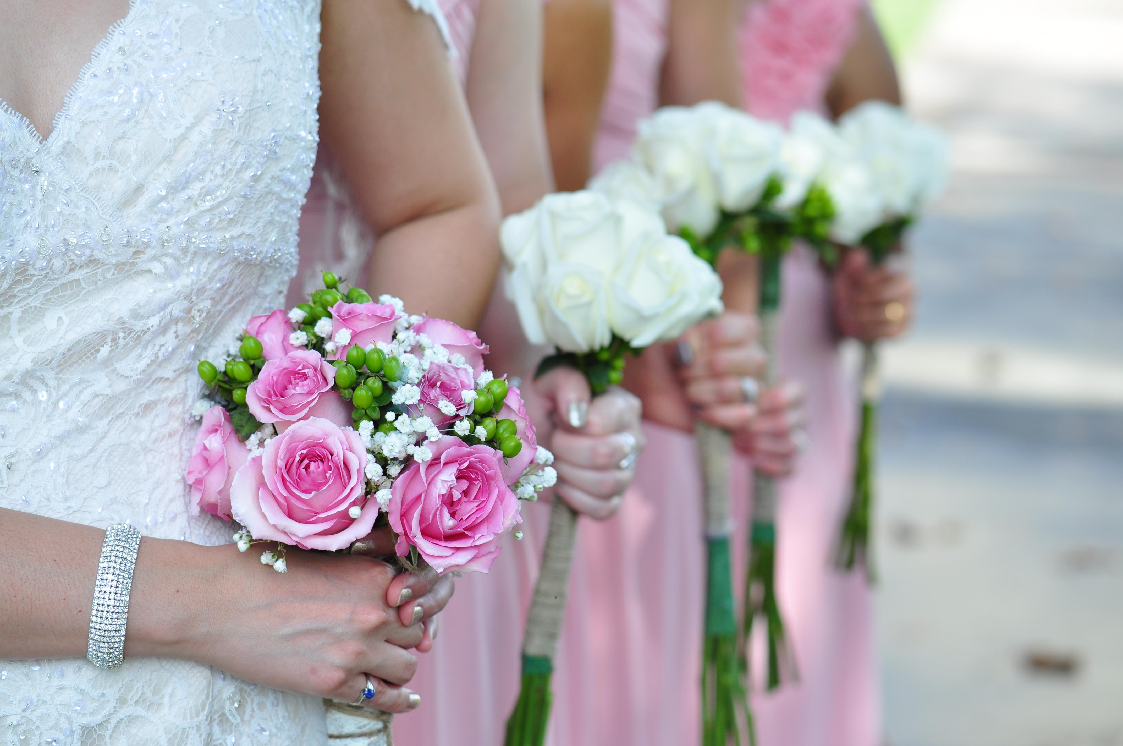 Catie Neuber Photography Weddingspy