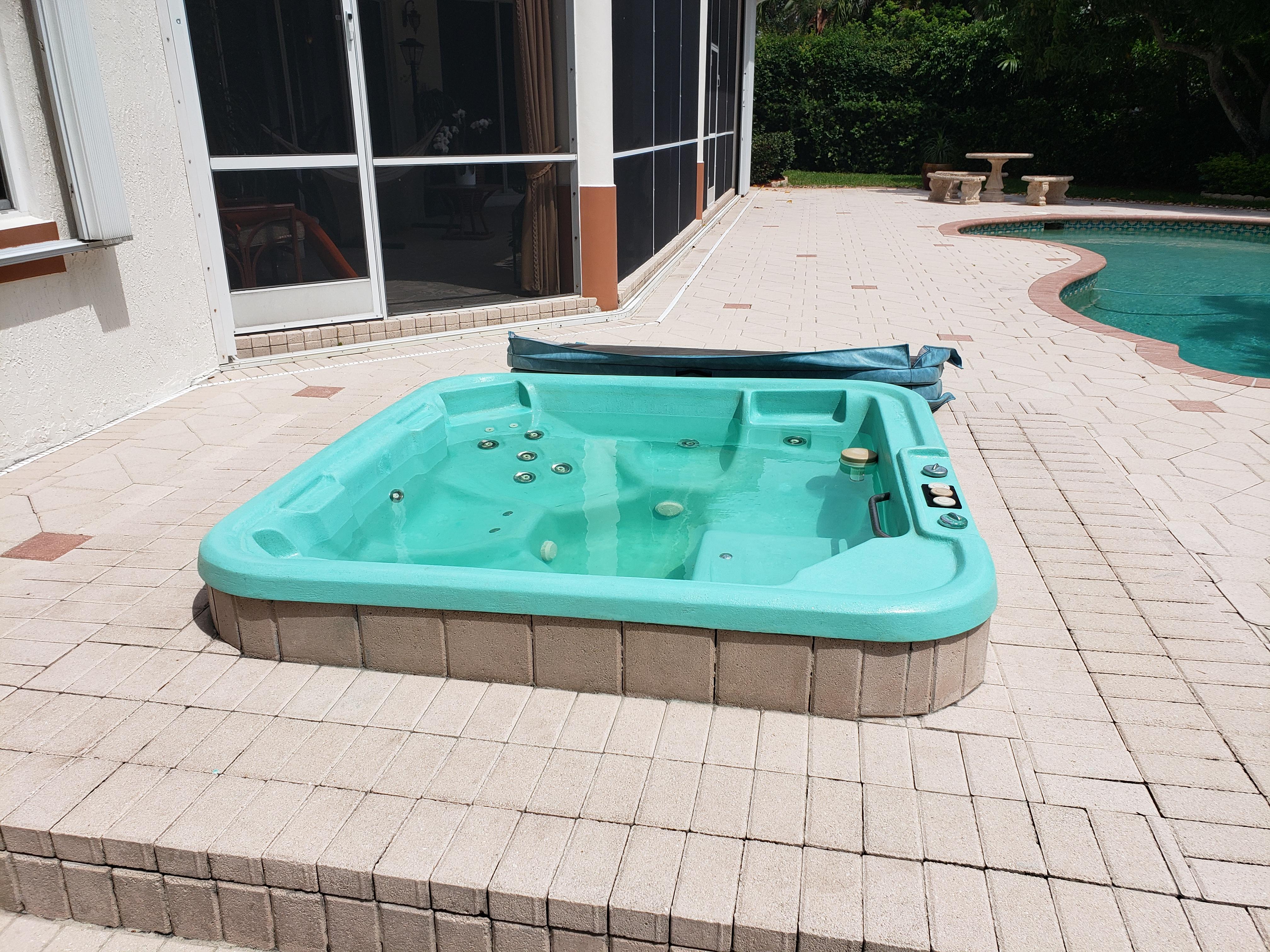Restore Spa/Jacuzzi